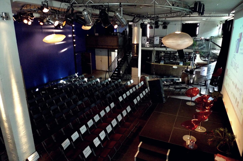Paris corporate event venues Restaurant La Bellevilloise - Le Forum image 11