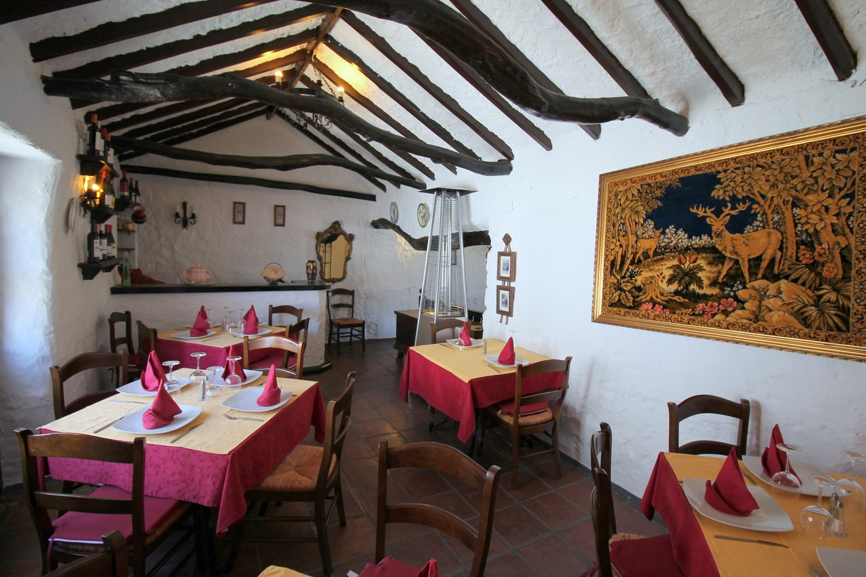 Malaga corporate event venues Restaurant La Reja - Salon image 2