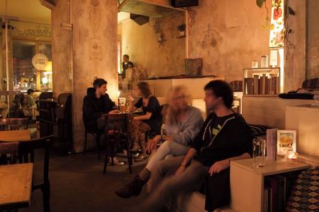 Berlin Eventräume Bar An einem Sonntag im August image 3
