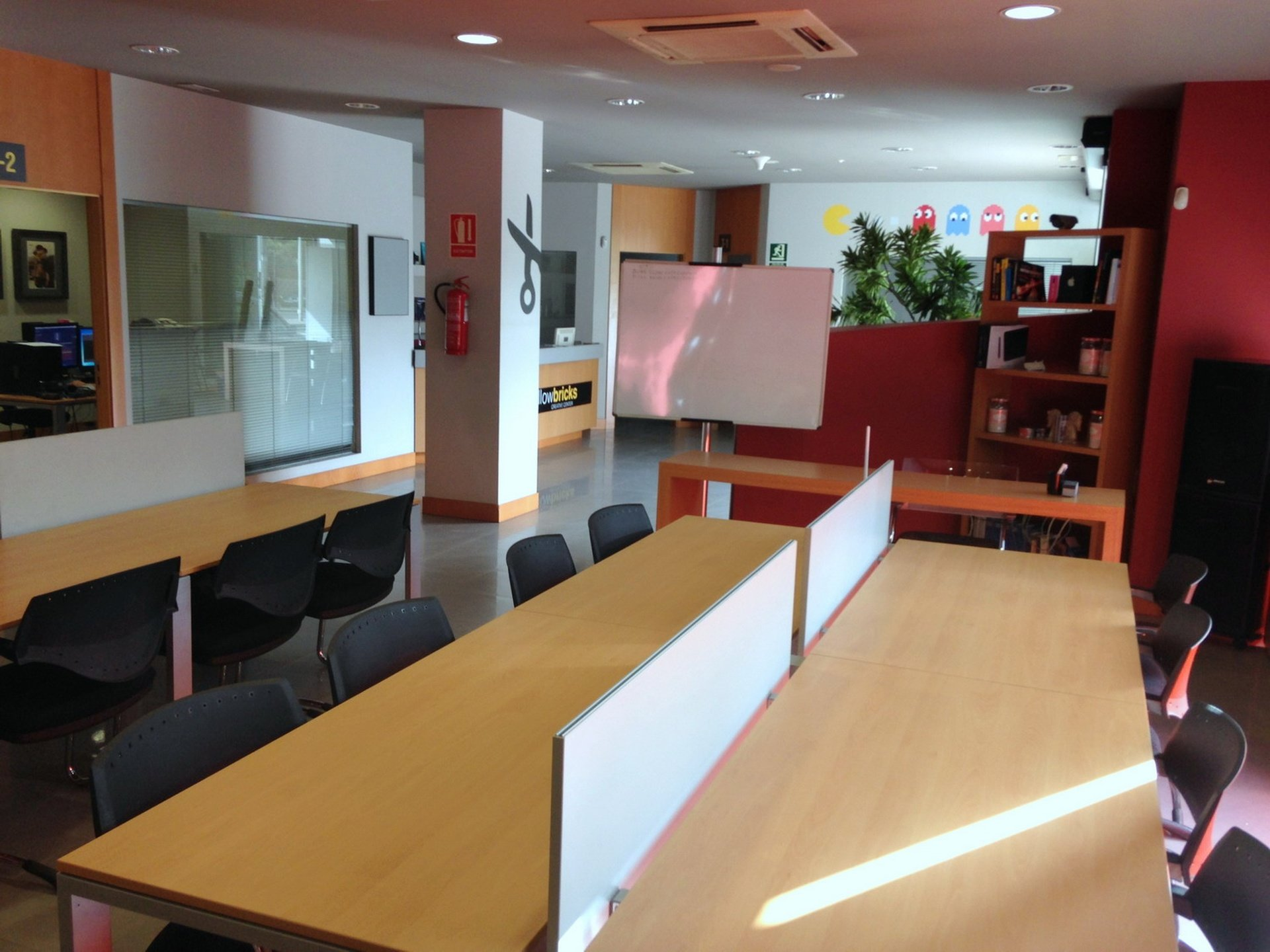 Malaga training rooms Salle de réunion Yellow Bricks Creative Centre - Communal Area image 0