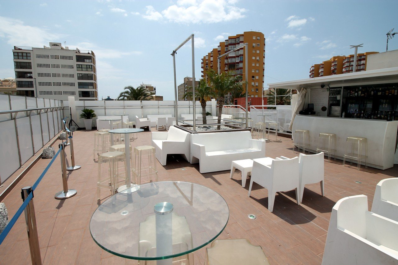 Malaga corporate event venues Dachterrasse Molly's Rooftop image 0