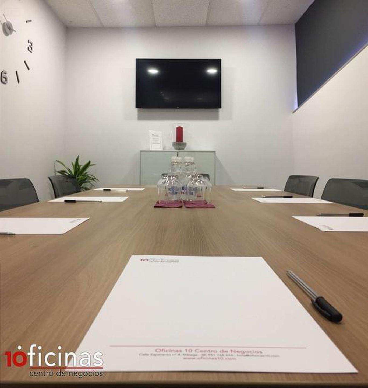 Malaga conference rooms Salle de réunion Oficinas 10 - Meeting Room 1 image 1