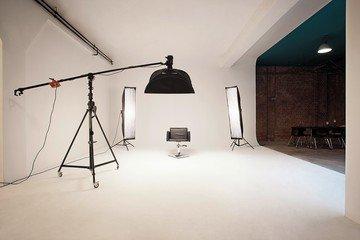 Hamburg workshop spaces Foto Studio superstudio image 1