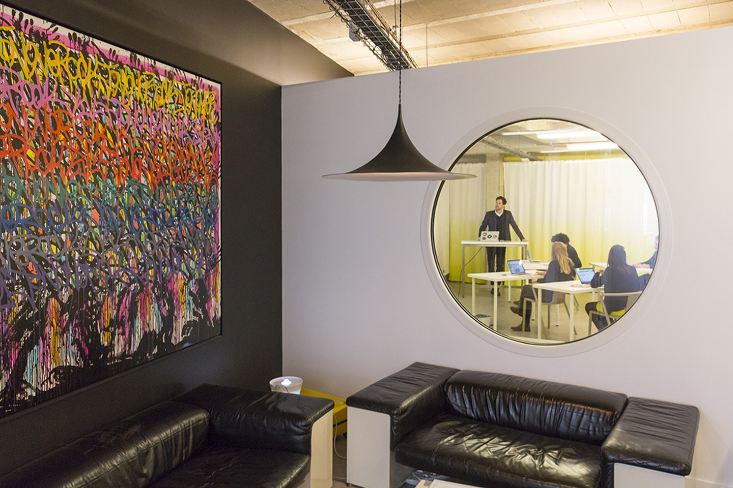 Paris training rooms Meeting room ADA @Republique image 2