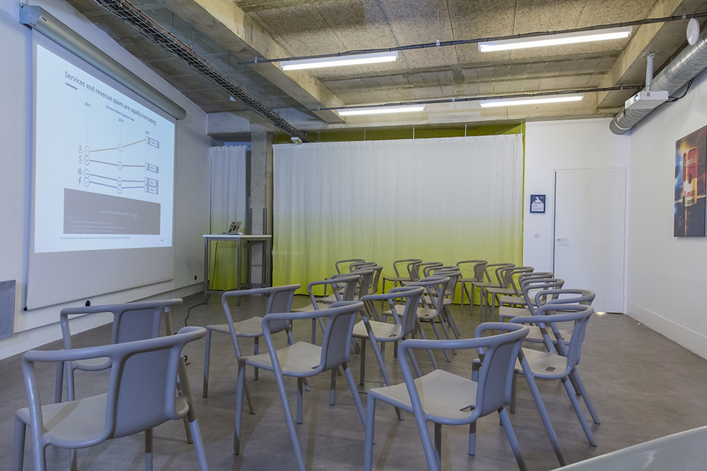 Paris training rooms Meeting room ADA @Republique image 1