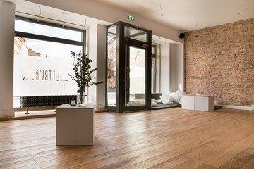 Berlin seminar rooms Lieu Atypique Wettbureau image 1