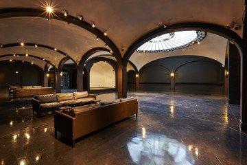 Paris corporate event venues Besonders Secret Gallery image 6