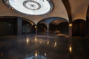 Paris corporate event venues Lieu Atypique Lieu de récéption dans une gallerie secrète image 1
