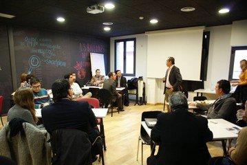 Madrid workshop spaces Meetingraum garAJE - Meeting Room image 3