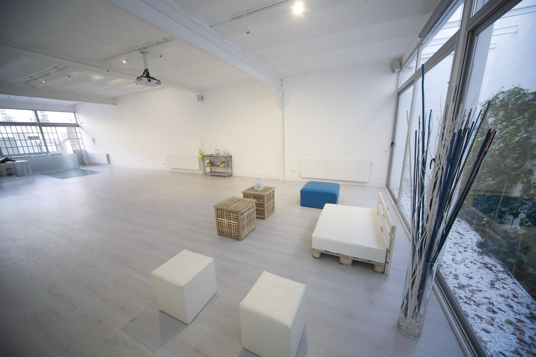 Madrid workshop spaces Meetingraum Estudio Grey Box image 1