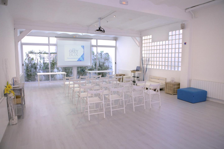 Madrid workshop spaces Meetingraum Estudio Grey Box image 0