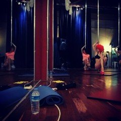 Rest der Welt workshop spaces Besonders The Pole Dance Studio image 0