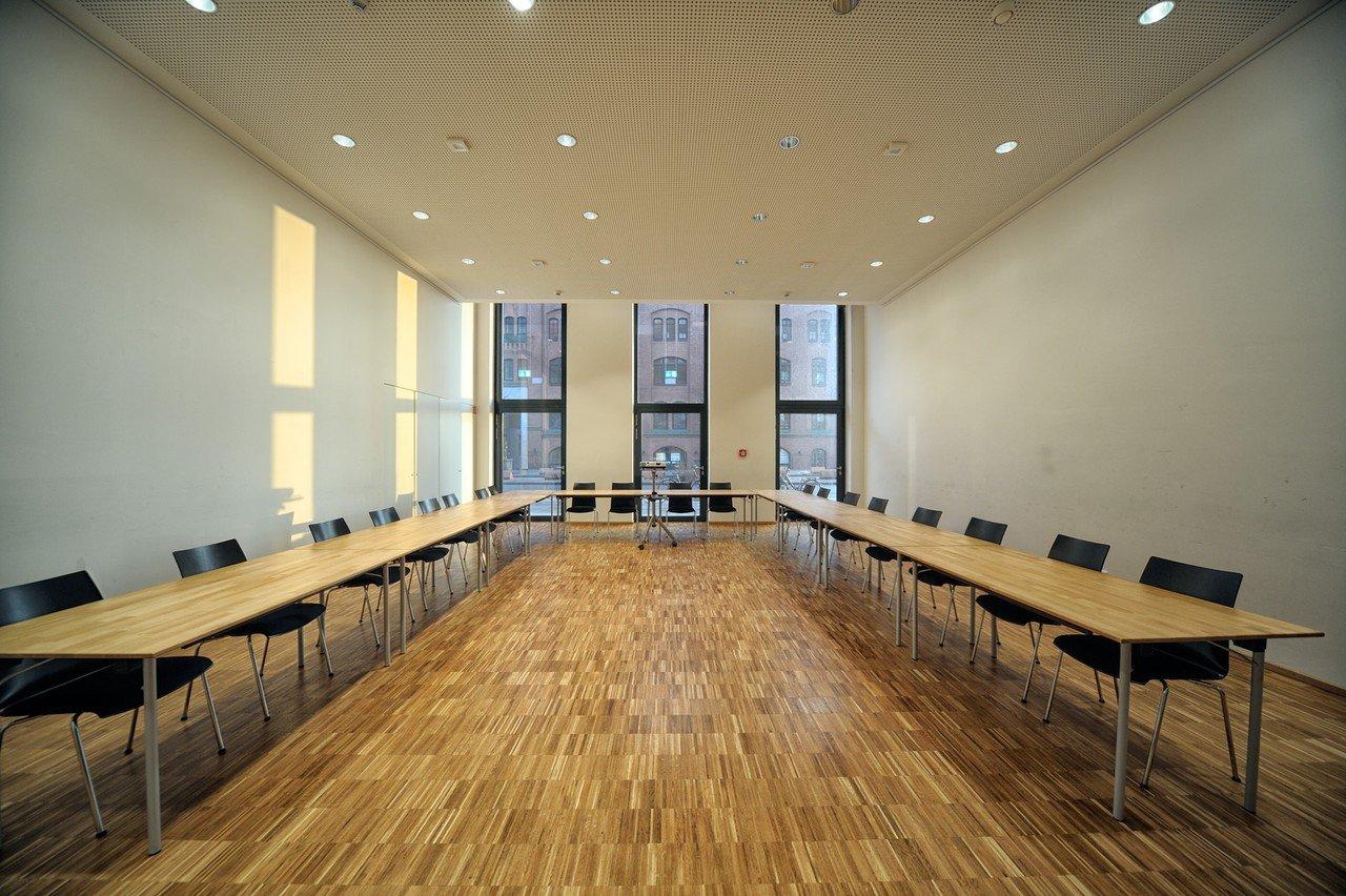 Hamburg training rooms Meetingraum ElbFaire / Ökumenisches Forum HafenCity image 1
