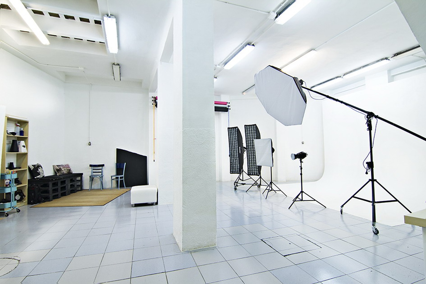 Madrid corporate event venues Studio Photo La Sala Mayko - Photography Studio image 0