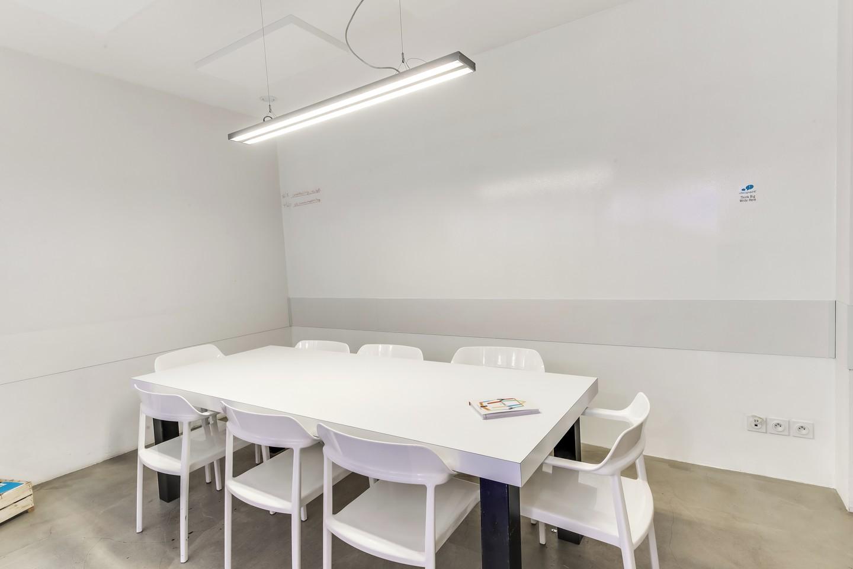 Paris Espaces de travail Meeting room Coworkshop - Meeting Room 8 pers. image 1