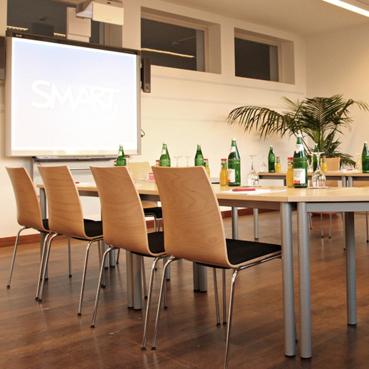 Berlin training rooms Meetingraum GLS - Seminar Room 2 image 0