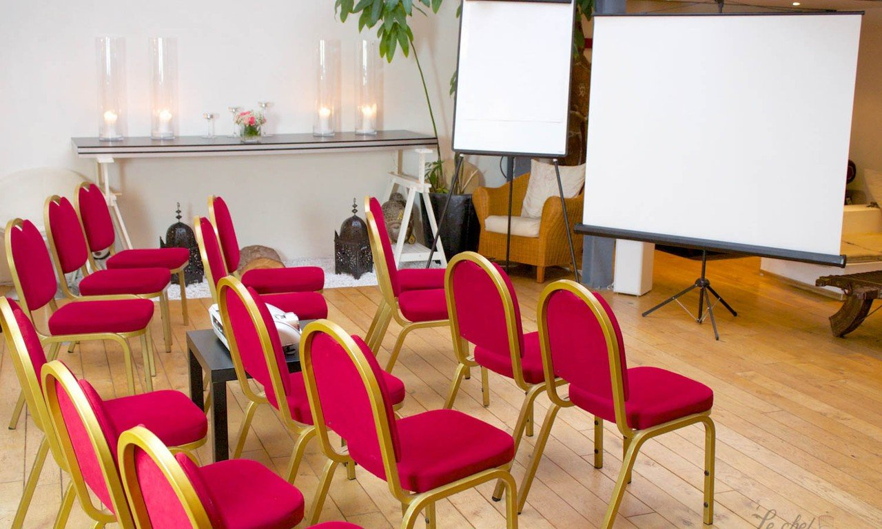 Paris corporate event venues Meeting room Upgrad  image 0