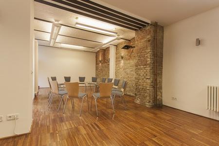 Berlin workshop spaces Meeting room kenicroom image 9