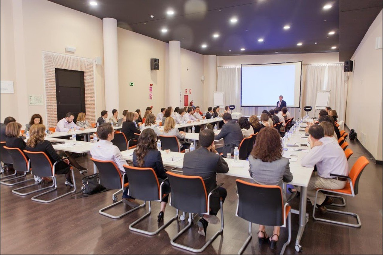 Madrid workshop spaces Meetingraum Euroforum - Sala Afterwork image 0
