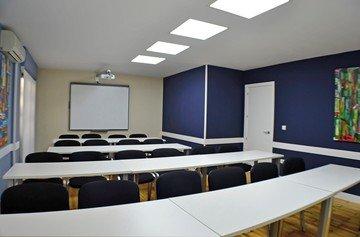 Madrid training rooms Meetingraum GSG Business Hub Retiro - Palacio de Cristal Meeting Room image 2