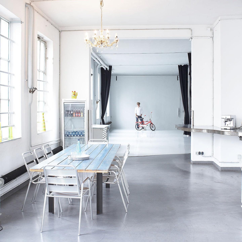 Frankfurt workshop spaces Photography studio Onlight Studiorent image 0