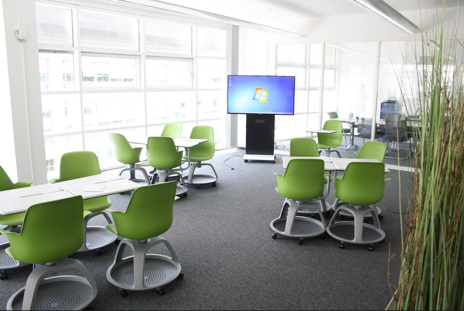 Berlin seminar rooms Meeting room  TÜV Rheinland Campus - Training Room image 0