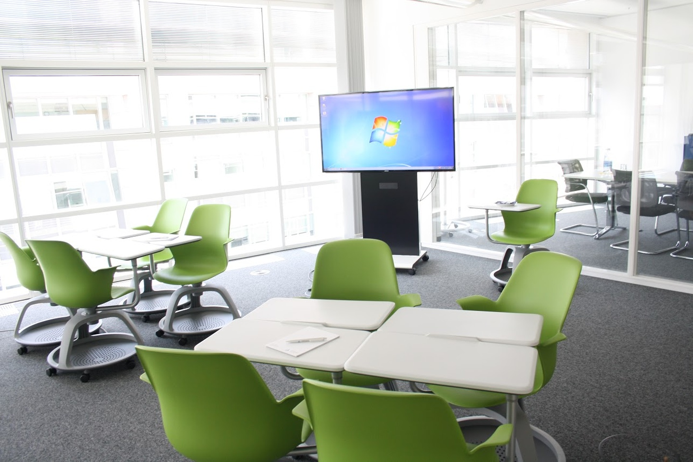 Berlin seminar rooms Meeting room  TÜV Rheinland Campus - Training Room image 1