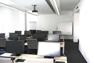 Berlin training rooms Salle de réunion TÜV Rheinland Campus - IT Space image 0