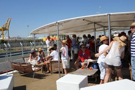 Rest der Welt corporate event venues Boot Dama de Valencia image 4