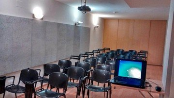 Barcelona training rooms Coworking space ImpulsBarcelona image 2
