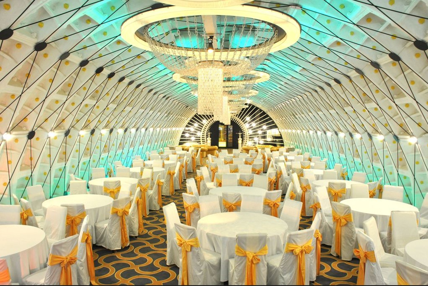 Rest of the World corporate event venues Historic venue Tagansky Bunker 42 - White Banquet Hall image 1