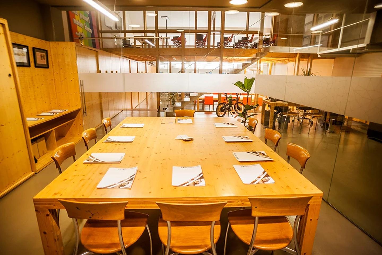 Barcelona Train station meeting rooms Meeting room CREC Coworking - Sala 3 image 10