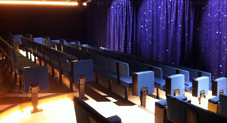 Paris corporate event venues Besonders Théâtre Edgar image 1