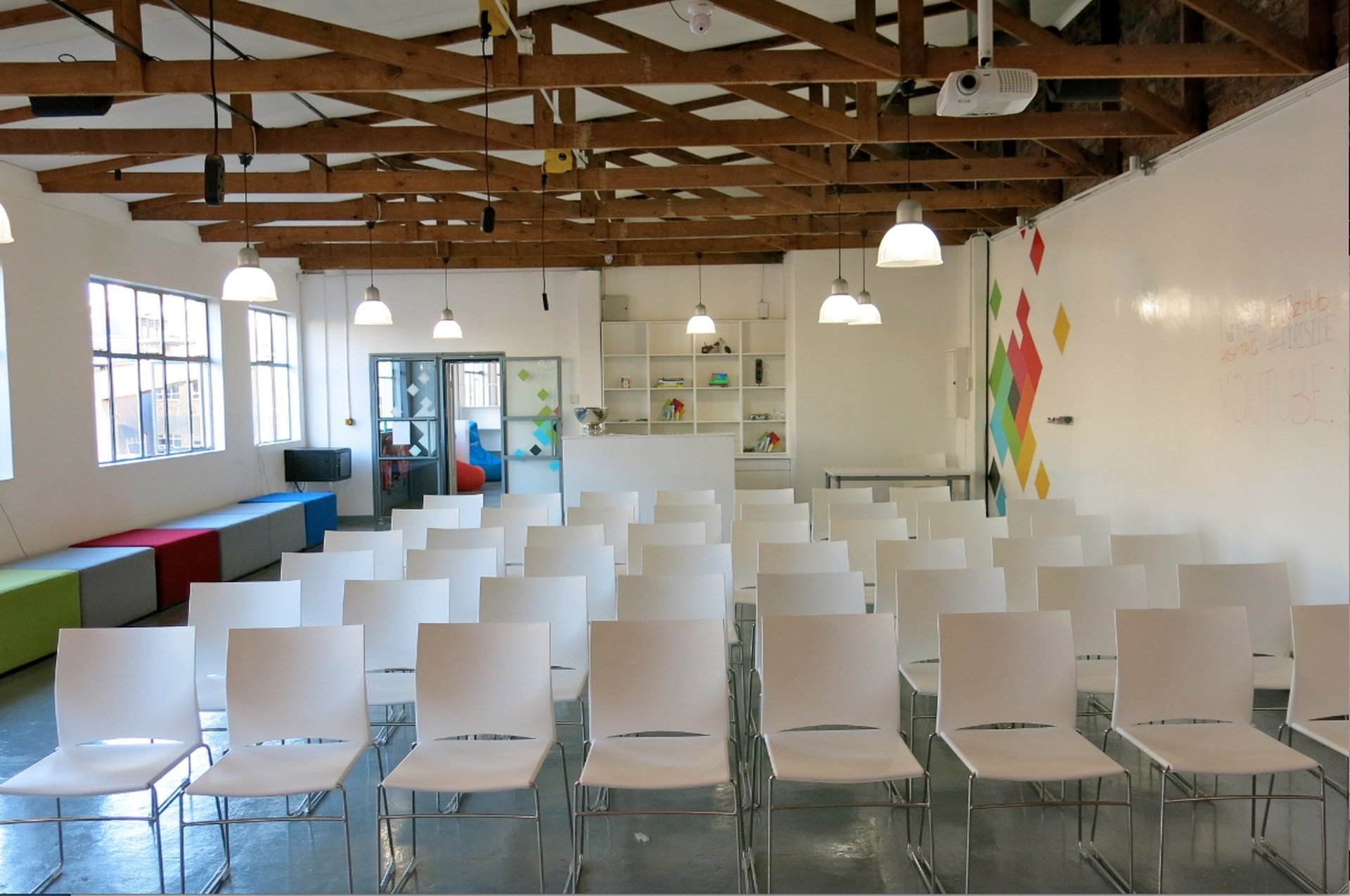 Johannesburg training rooms Salle de réunion Jozi Hub - Seminar Room image 0
