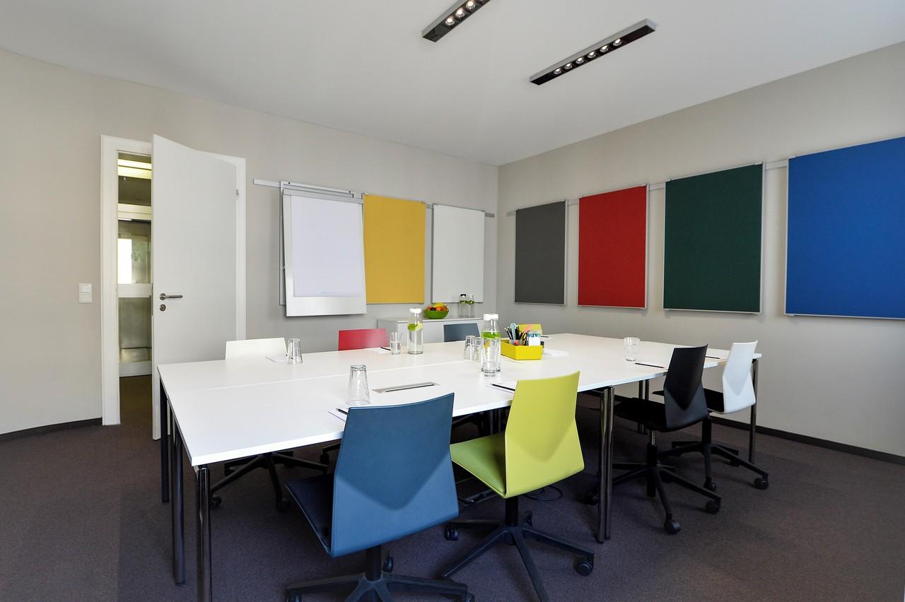Frankfurt workshop spaces Meeting room MEET/N/WORK - Project image 2