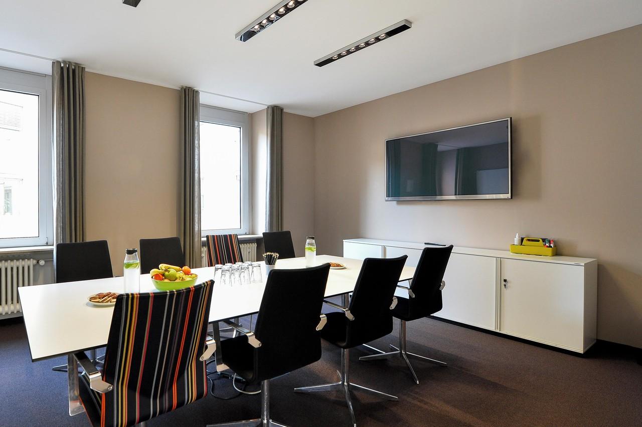 Frankfurt conference rooms Meeting room Presentation image 0