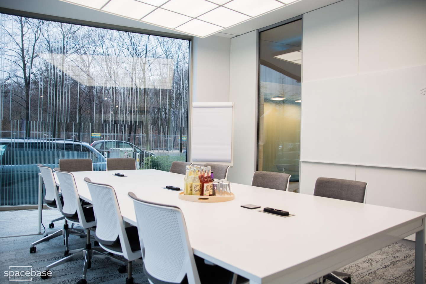 Berlin conference rooms Coworking space OffX Work & Share - Meeting Room image 2