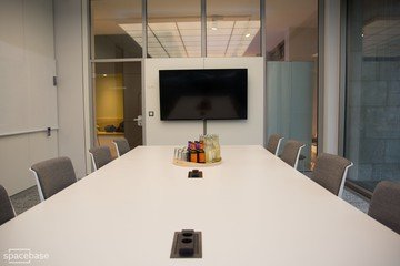 Berlin conference rooms Coworking Space OffX Work & Share - Meeting Room image 6