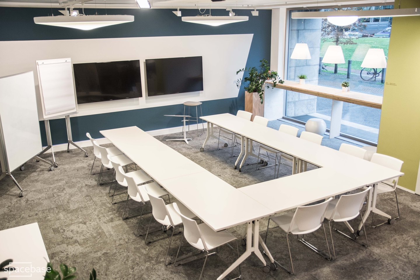Berlin training rooms Salle de réunion OffX Work & Share - CoOffice Space image 2