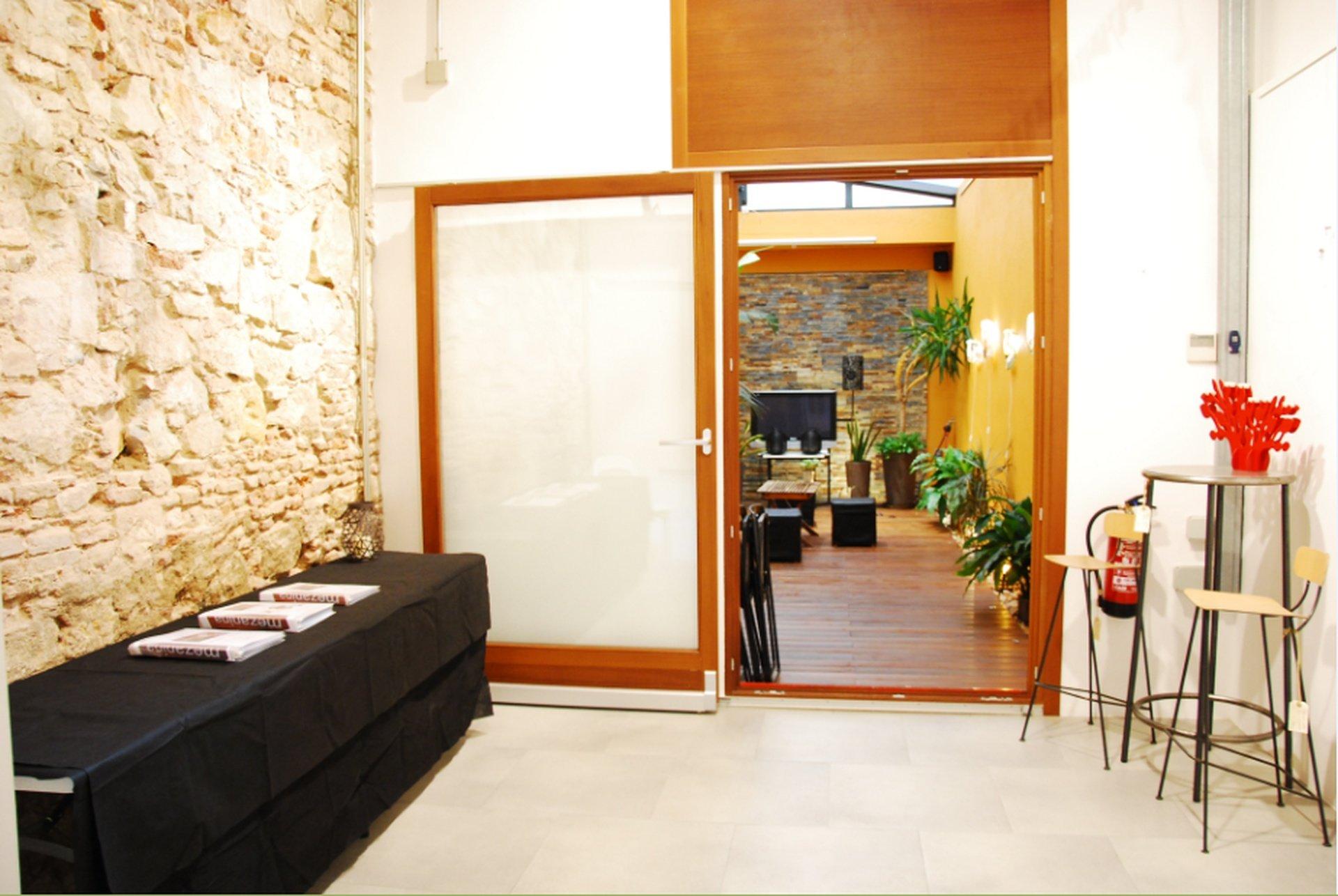 Barcelona workshop spaces Besonders Mezanina - Patio image 0