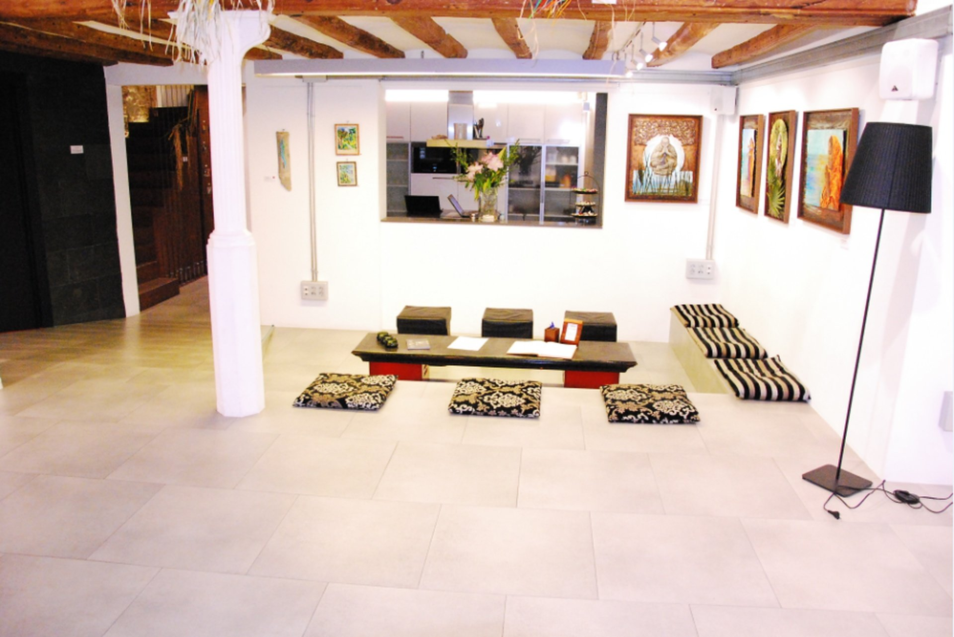 Barcelona workshop spaces Meeting room Mezanina - Ground Floor Main Room image 6