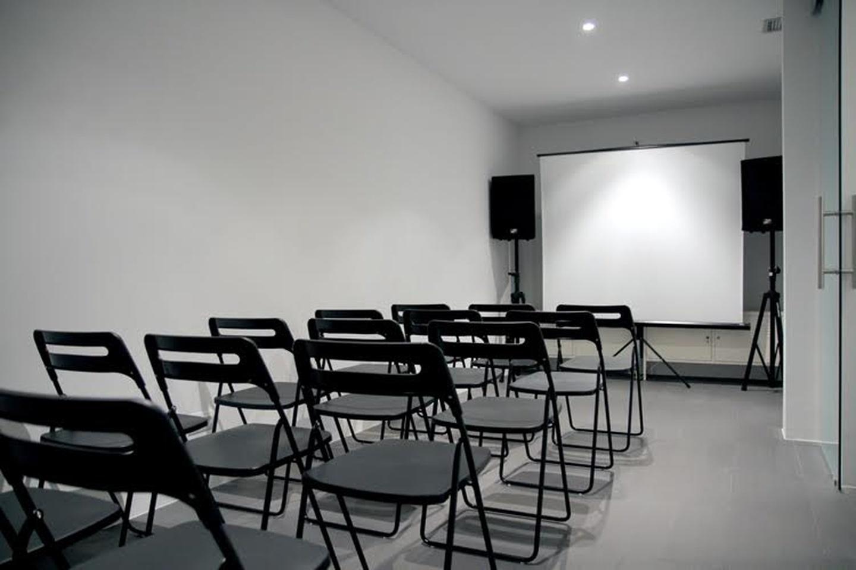 Madrid conference rooms Salle de réunion Workcase image 1