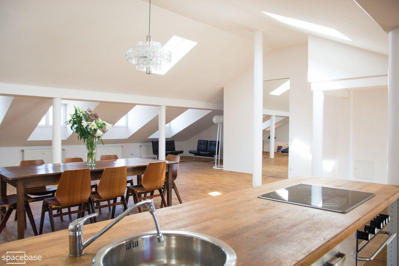 alte sch nhauser loft mieten in berlin. Black Bedroom Furniture Sets. Home Design Ideas