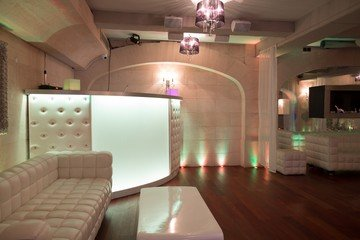 Paris corporate event venues Salle de réception LE COLISEE, élégant lieu de réception à 30m de l'avenue des Champs Elysé image 3
