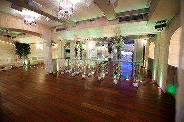 Paris corporate event venues Salle de réception LE COLISEE, élégant lieu de réception à 30m de l'avenue des Champs Elysé image 7