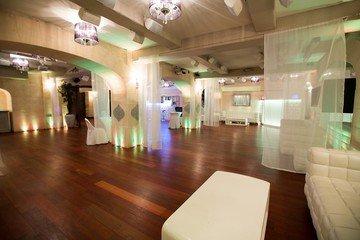 Paris corporate event venues Salle de réception LE COLISEE, élégant lieu de réception à 30m de l'avenue des Champs Elysé image 6