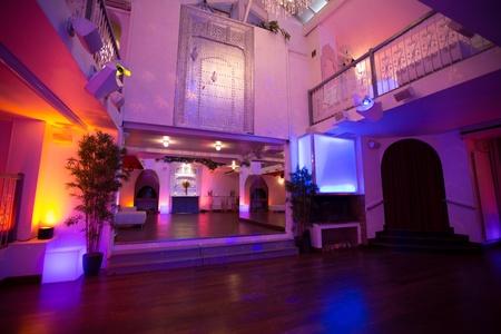 Paris corporate event venues Salle de réception LE LOFT, espace de 100, 200 ou 300 m2 avec 8 m de hauteur sous verrière  image 6