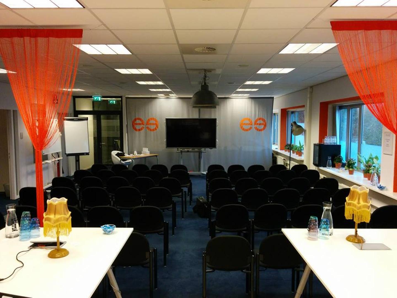 Rotterdam workshop spaces Salle de réunion Meetz - Fokke & Sukke image 2