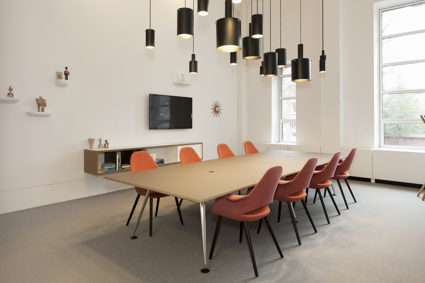 The Hague Train station meeting rooms Meetingraum Spaces Rode Olifant - Room 8 image 0