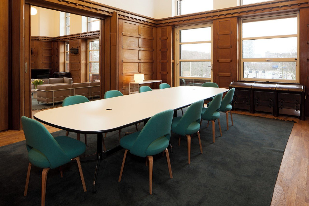 The Hague Train station meeting rooms Meetingraum Spaces Rode Olifant - Meeting Room 11 image 0